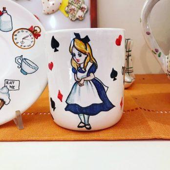 Tazza da the in ceramica Alice nel Paese delle Meraviglie