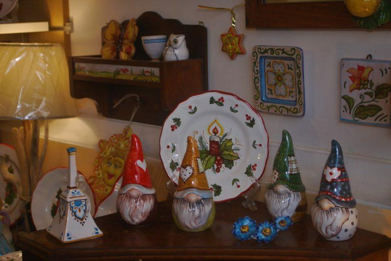 negozio produzione artigianale ceramica